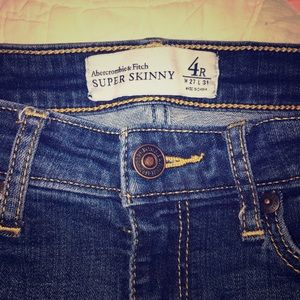 Super skinny size 4 Abercrombie jeans